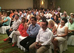 Los-representantes-de-diversos-sectores-de-la-sociedad,-escucharon-la-propuesta-de-estrategía-para-el-desarrollo-turistico-y-urbano-para-Puerto-Peñasco