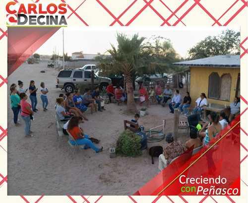 Charla amena con mujeres que buscan crecer con peñasco, Carlos Decina Torres