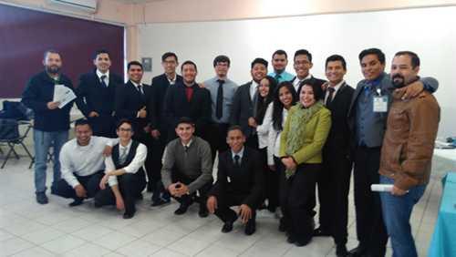 Alumnos del tercer semestre de la carrera de Ing. en Sistemas Computacionales realizaron su presentación de proyectos innovadores