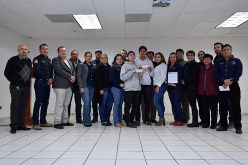 """Sindicato de Trabajadores Académicos del Instituto Tecnológico Superior de Puerto Peñasco, SITAITSPP, entregan primera beca """"MAC Dayan García Juárez"""""""