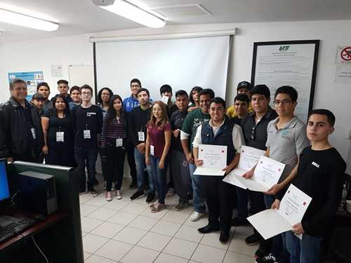 Alumnos de 2do y 5to cuatrimestre de la carrera de TIC asistieron al a 9na Jornada Académica de Tecnologías