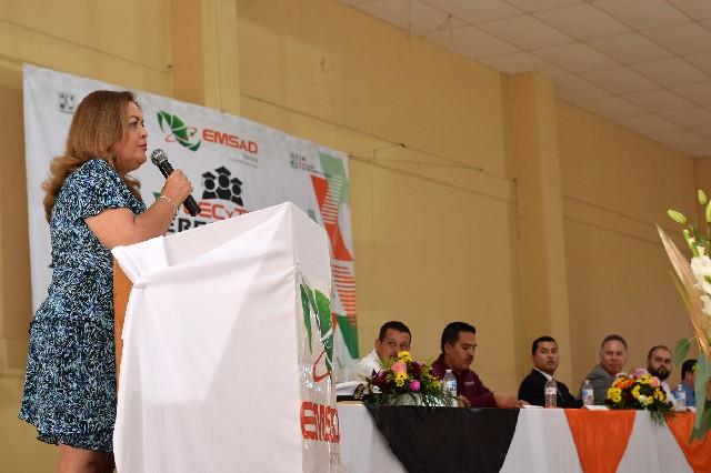 Representa ITSPP a gobernadora del Estado en gradación de CECYTES