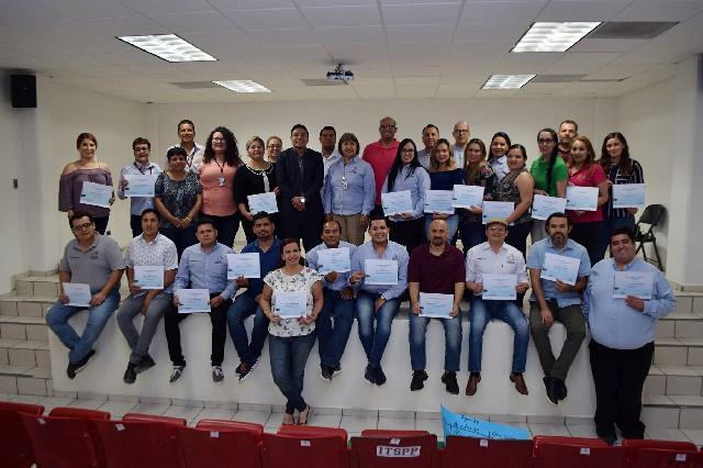 """Culmina taller """"Liderazgo docente que inspira y transforma vidas"""" para docentes del ITSPP"""