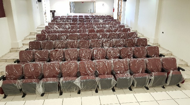 Instalan 110 nuevas butacas en el auditorio del ITSPP; se invierten 313 mil pesos