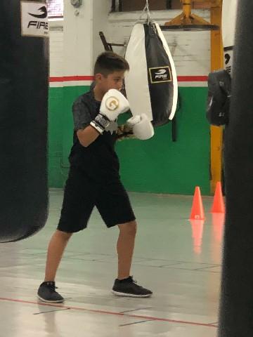 """Antonio """"el bombón"""" Chávez. destaca en el deporte del boxeo"""