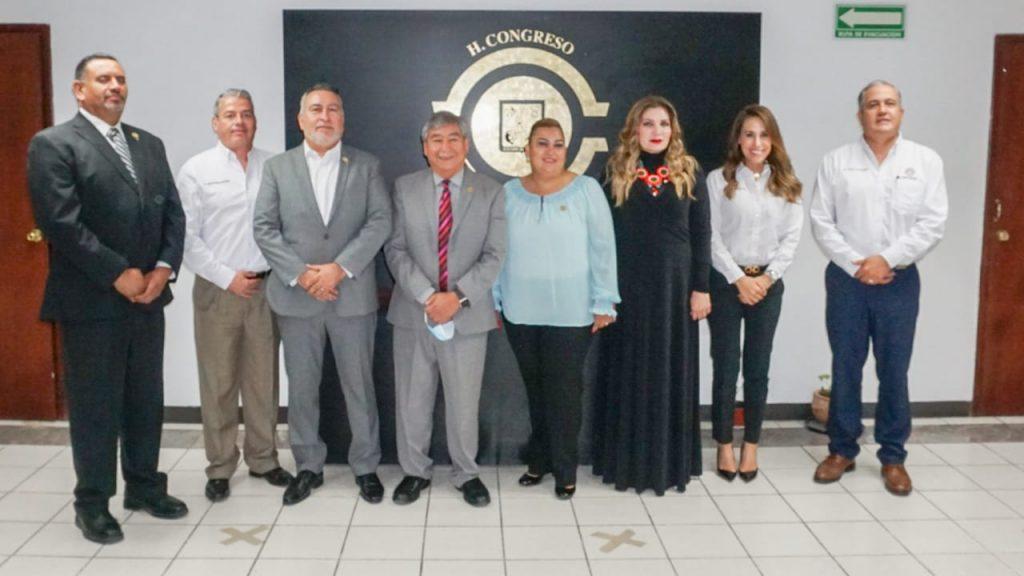 Diputados del PES buscan mejora en trámites notariales